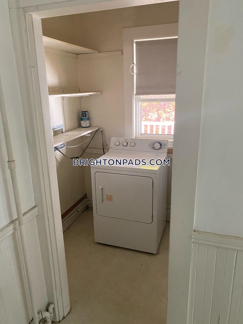 BOSTON - BRIGHTON - OAK SQUARE - 2 Beds, 1 Bath - Image 10