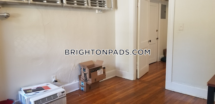 BOSTON - BRIGHTON- WASHINGTON ST./ ALLSTON ST. - 1 Bed, 1 Bath - Image 4