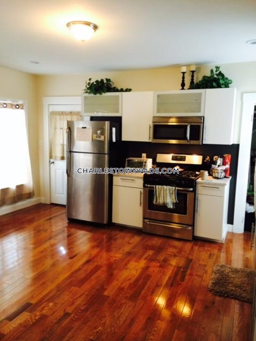 BOSTON - CHARLESTOWN - 4 Beds, 2 Baths - Image 1