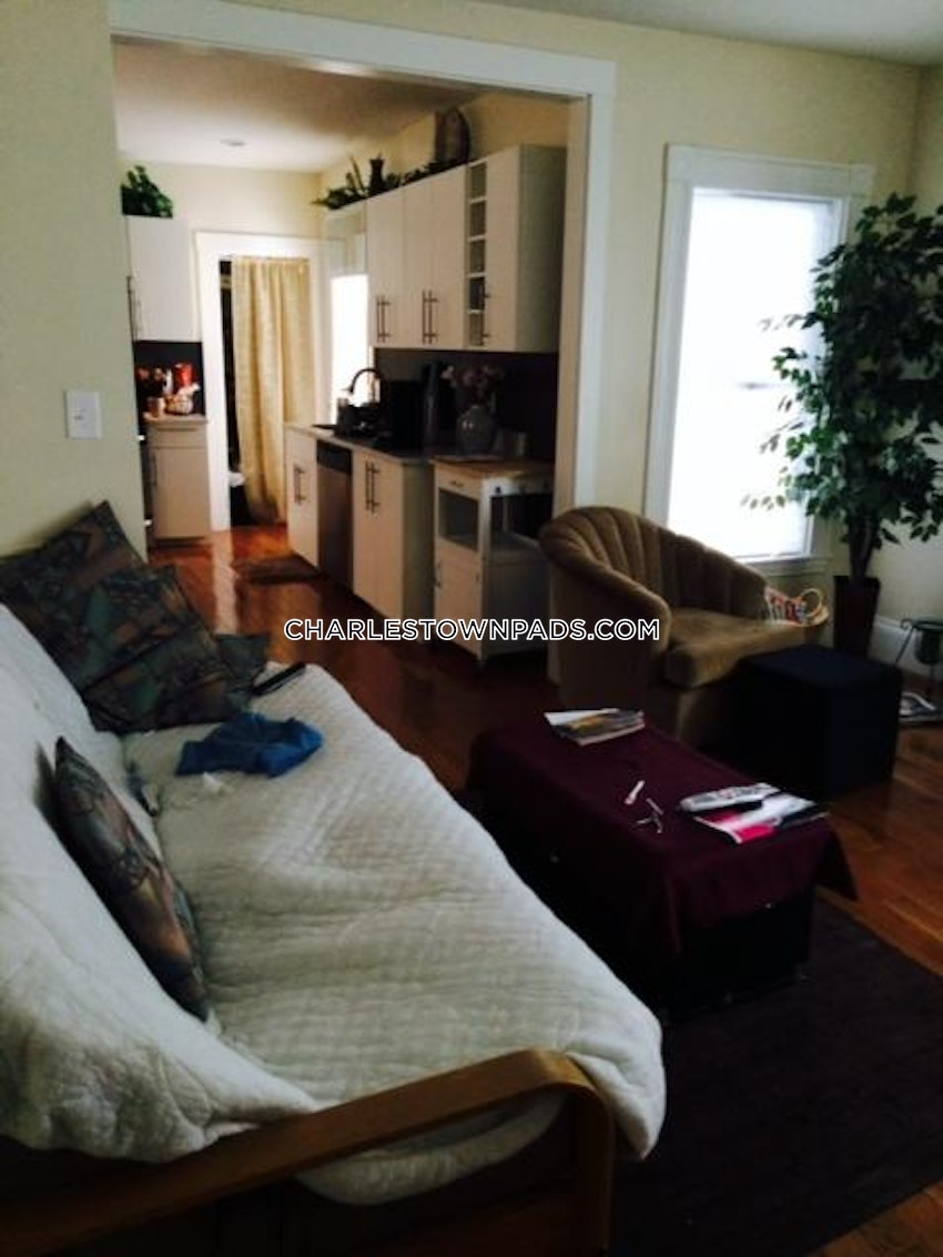 BOSTON - CHARLESTOWN - 4 Beds, 2 Baths - Image 3