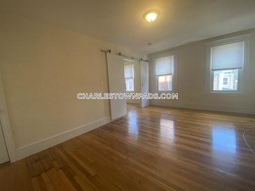 Charlestown, Boston, MA - 3 Beds, 2 Baths - $2,400 - ID#3824428