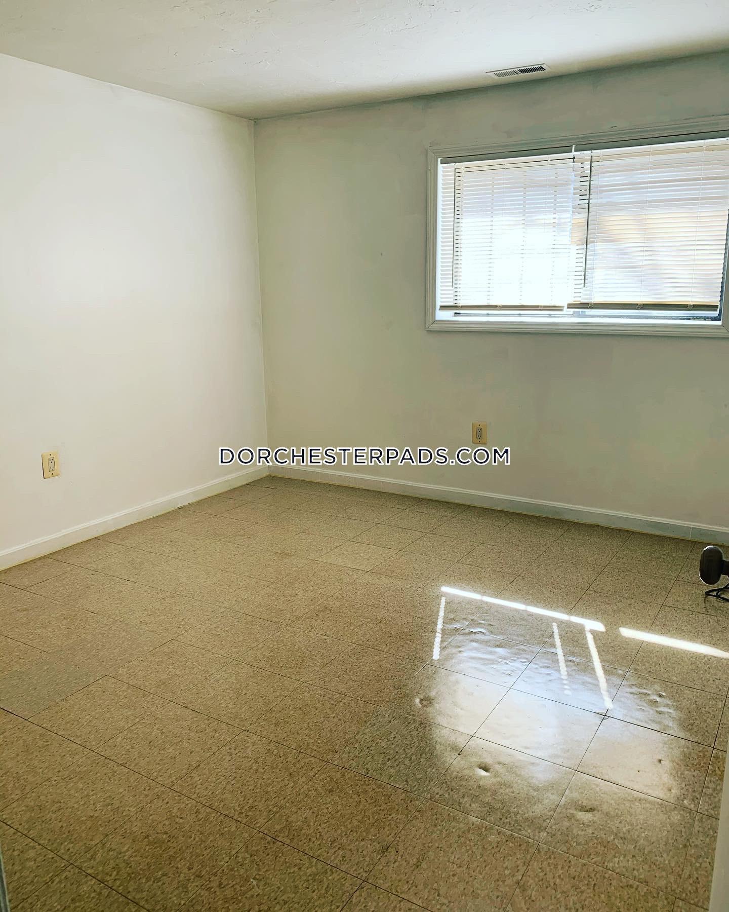 Apartments For Rent Arlington Ma: Dorchester Apartment For Rent 3 Bedrooms 1 Bath Boston