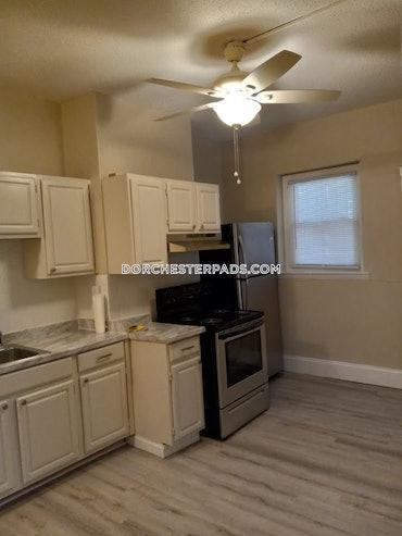 Harbor Point - Dorchester, Boston, MA - 4 Beds, 1 Bath - $3,000 - ID#3815429