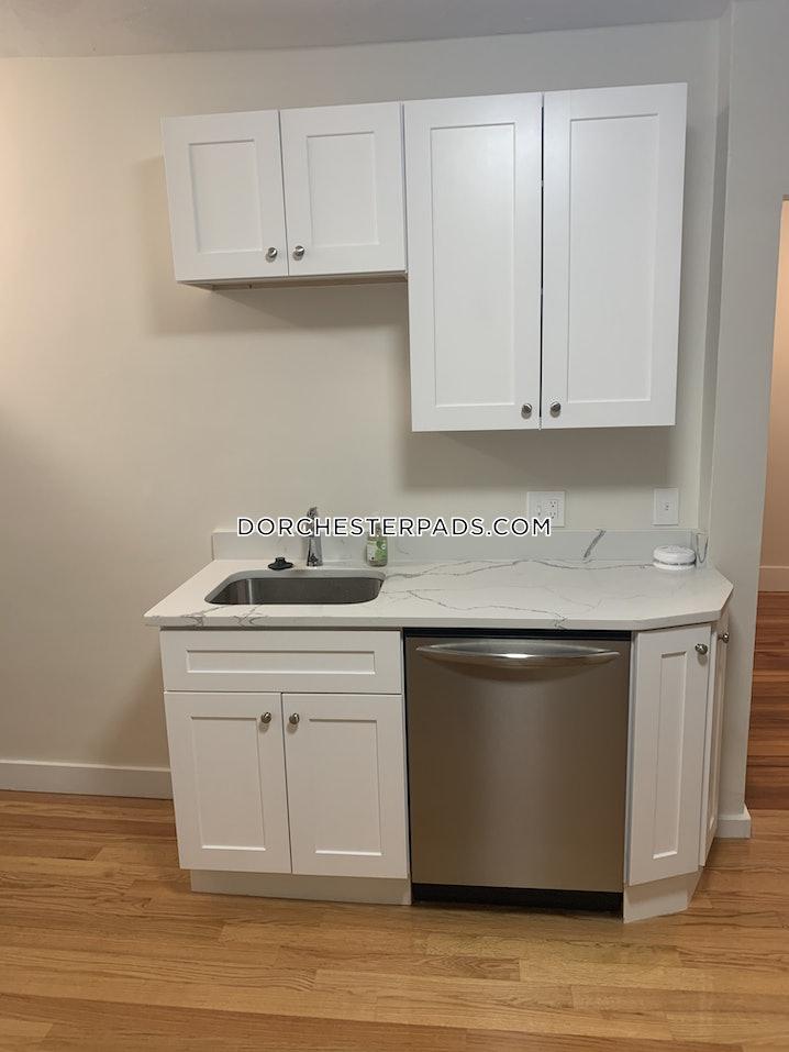 Boston - Dorchester - Center - 3 Beds, 1 Bath - $2,850