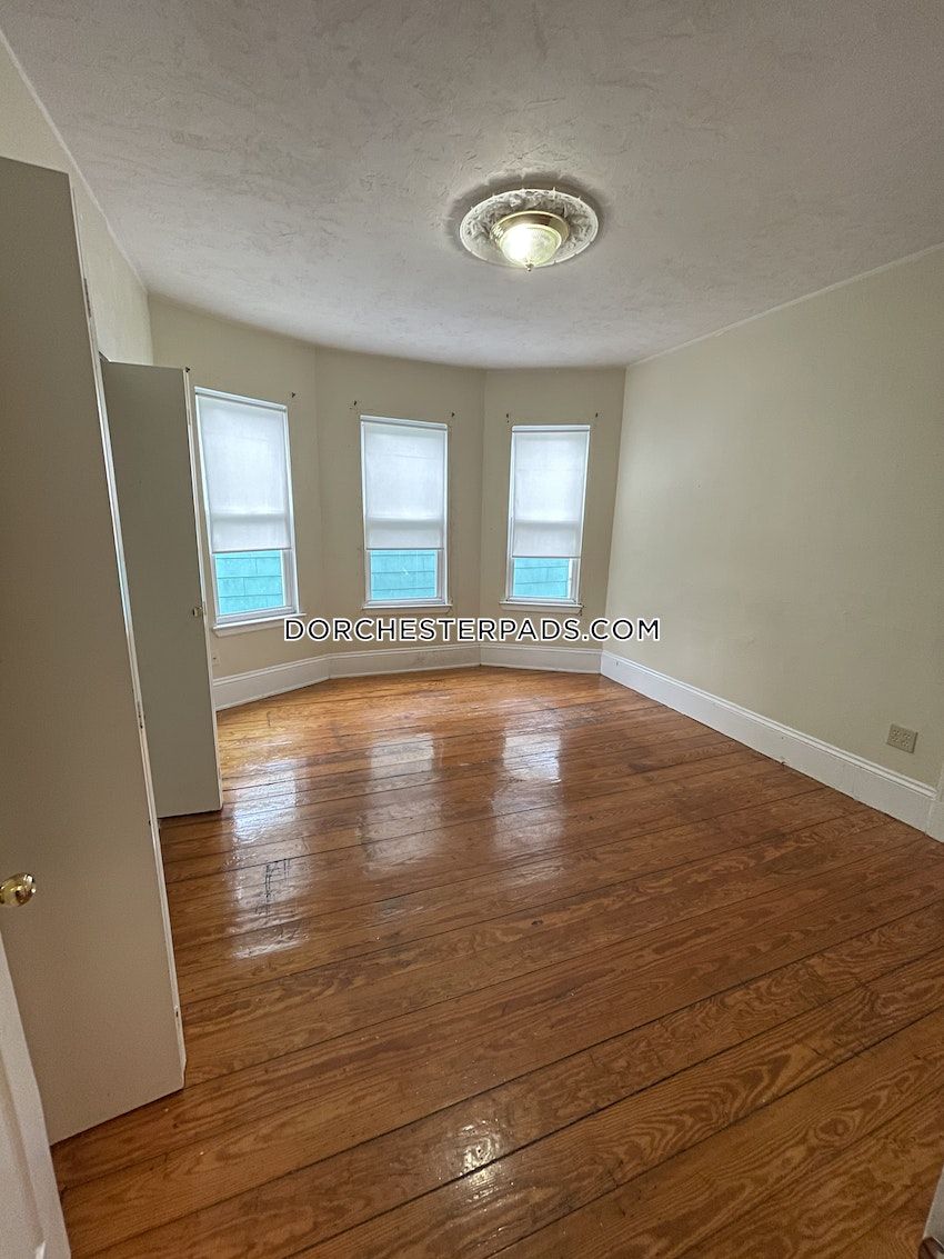 BOSTON - DORCHESTER - CENTER - 3 Beds, 1 Bath - Image 21