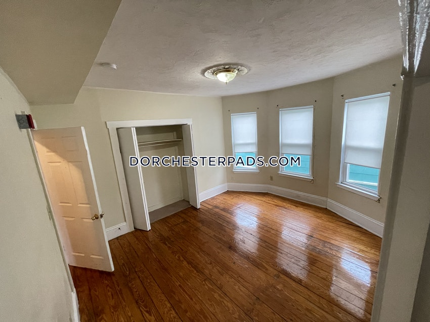 BOSTON - DORCHESTER - CENTER - 3 Beds, 1 Bath - Image 5