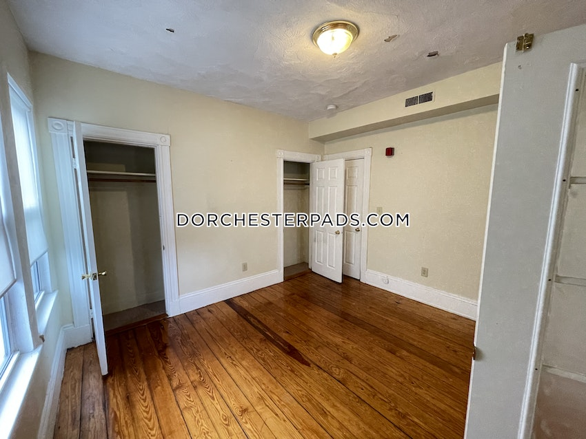 BOSTON - DORCHESTER - CENTER - 3 Beds, 1 Bath - Image 4