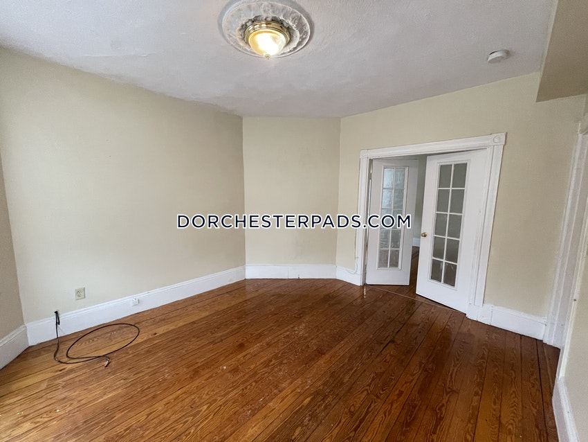 BOSTON - DORCHESTER - CENTER - 3 Beds, 1 Bath - Image 14