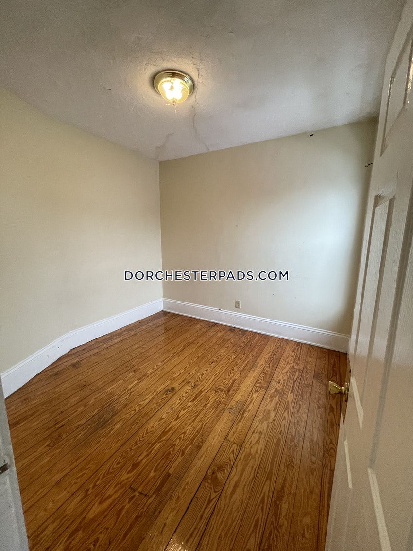 BOSTON - DORCHESTER - CENTER - 3 Beds, 1 Bath - Image 13
