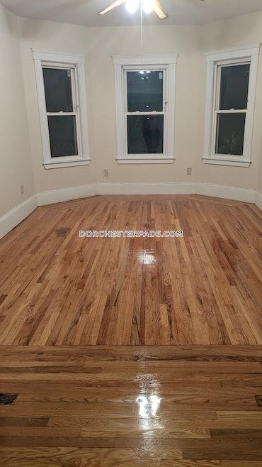 Savin Hill - Dorchester, Boston, MA - 1 Bed, 1 Bath - $3,500 - ID#3721290