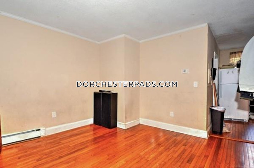 BOSTON - DORCHESTER - CENTER - 1.5 Beds, 1 Bath - Image 4