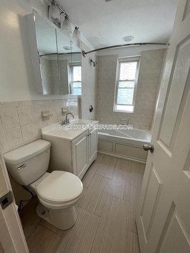 Savin Hill - Dorchester, Boston, MA - 3 Beds, 1 Bath - $2,900 - ID#3822800