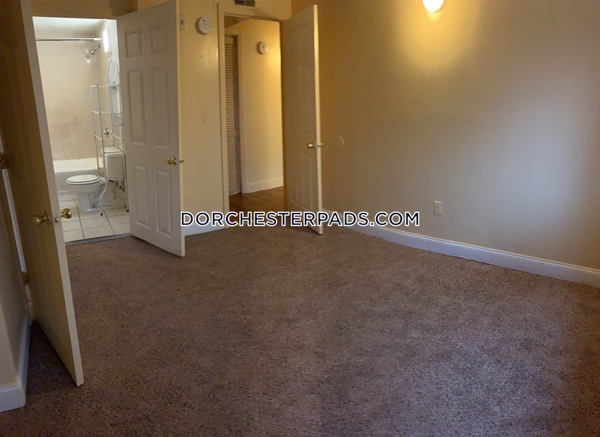 BOSTON - DORCHESTER - CENTER - 5 Beds, 2 Baths - Image 4