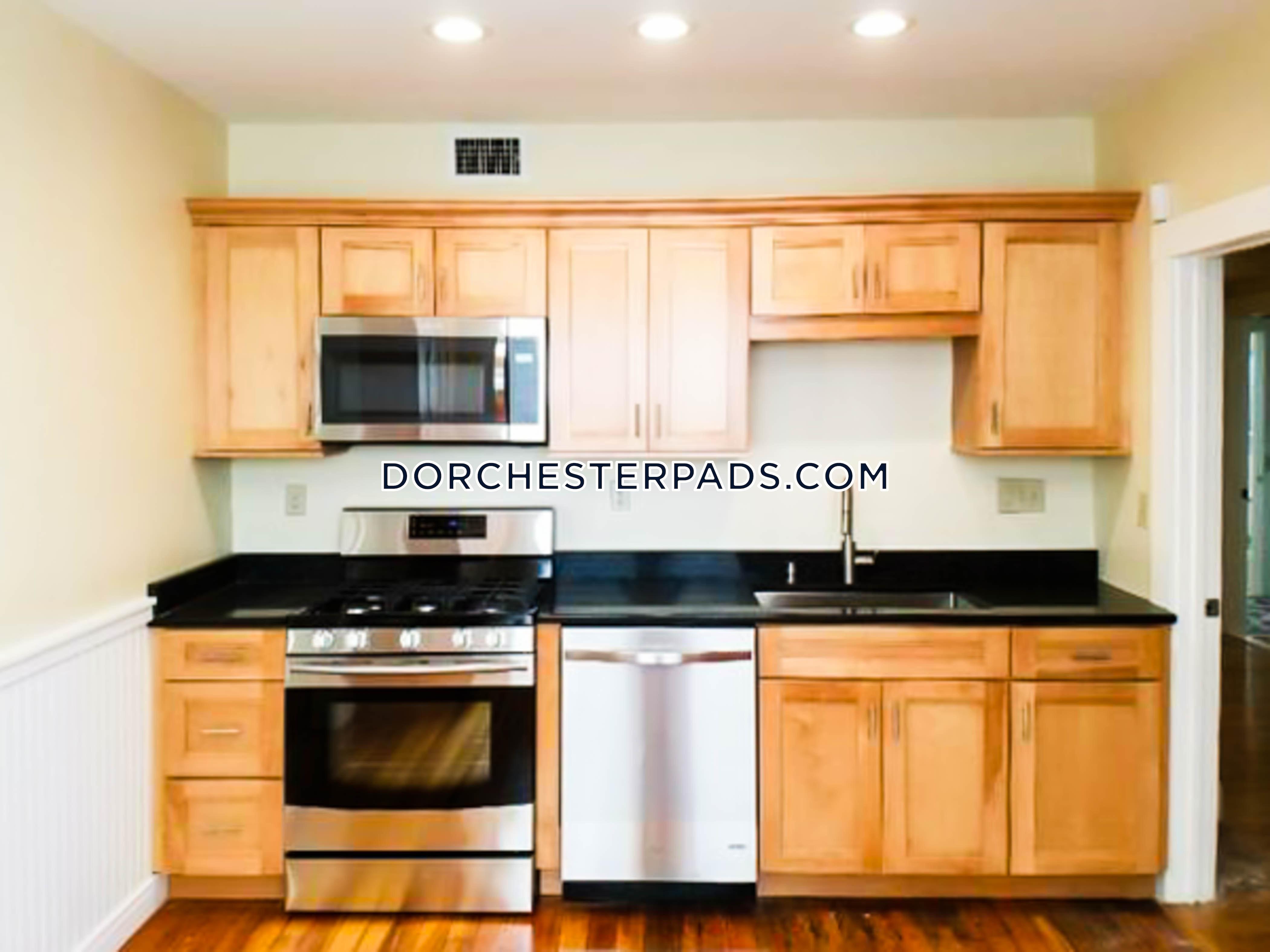 4 Bed Apartment For 3 000 Mo In Boston Dorchester Grove Hall Boston Pads