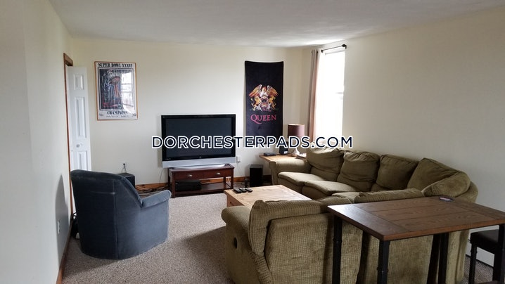 Boston - Dorchester - Savin Hill - 3 Beds, 1.5 Baths - $2,400
