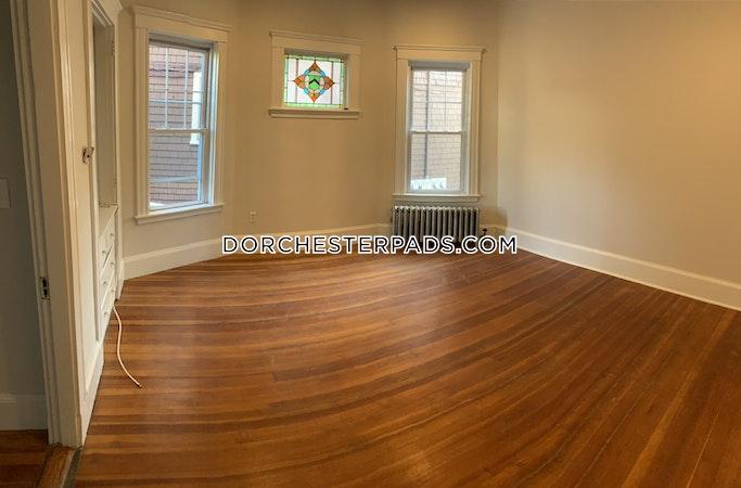 Dorchester 3 Beds 1 Bath Boston - $2,750