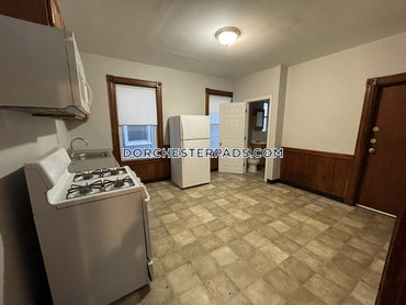 Uphams Corner - Dorchester, Boston, MA - 4 Beds, 1 Bath - $2,995 - ID#3823091
