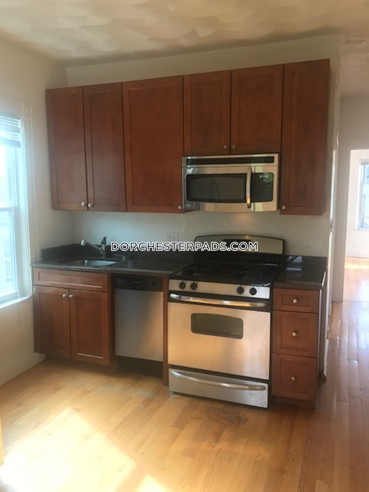Boston - Dorchester - Uphams Corner - 3 Beds, 1 Bath - $2,800