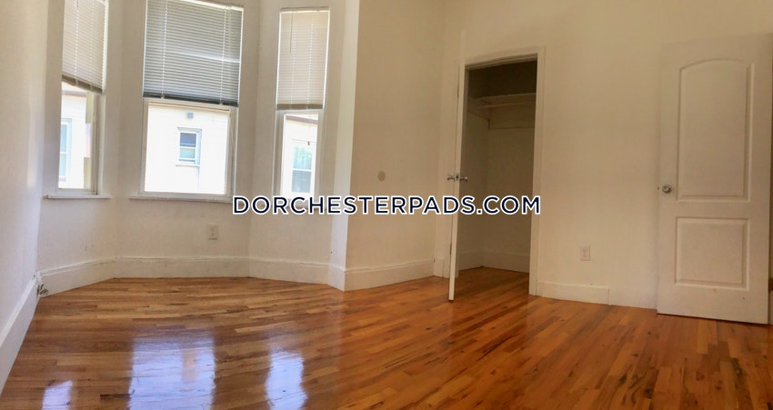 BOSTON - DORCHESTER - UPHAMS CORNER - 4 Beds, 1 Bath - Image 10