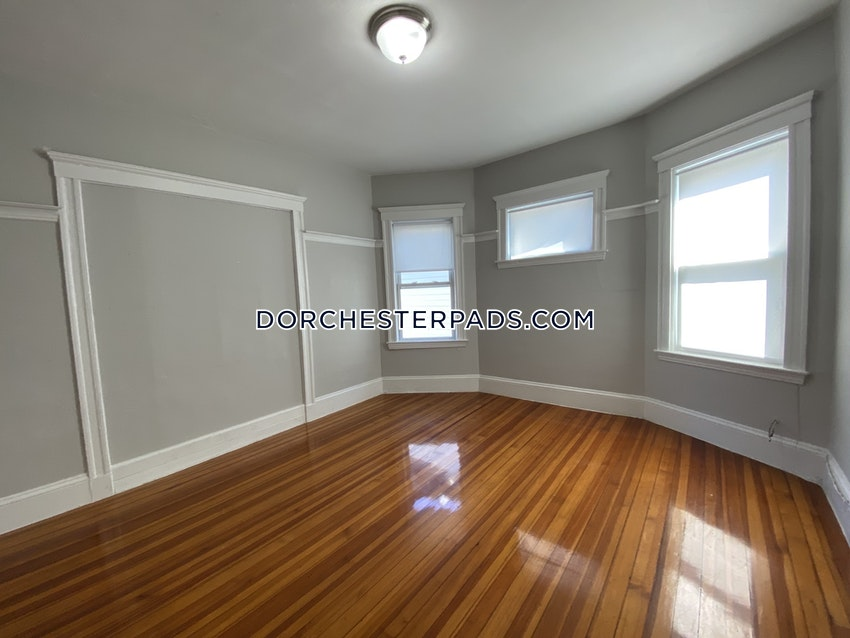 BOSTON - DORCHESTER - UPHAMS CORNER - 5 Beds, 1 Bath - Image 19