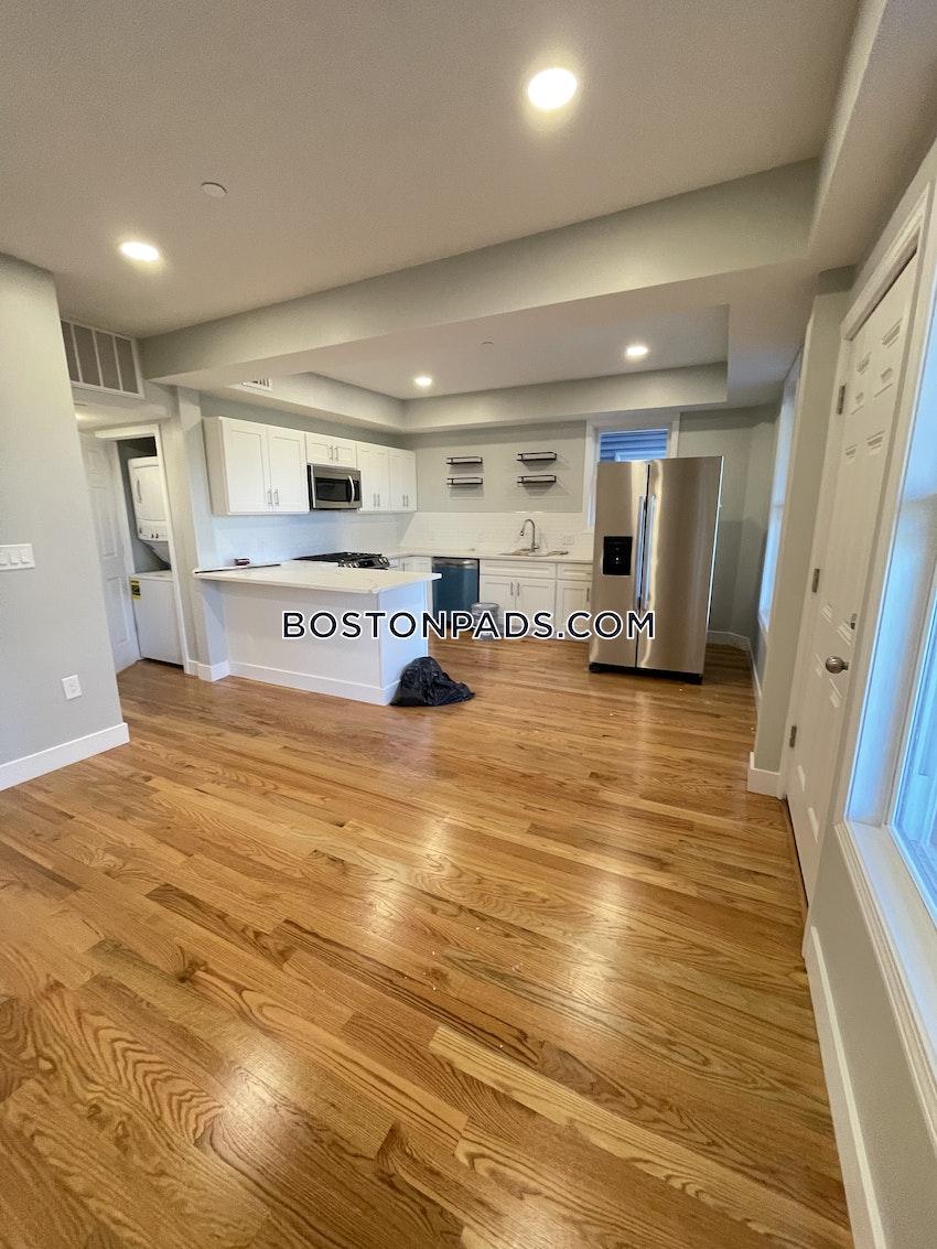 BOSTON - DORCHESTER/SOUTH BOSTON BORDER - 3 Beds, 1 Bath - Image 3