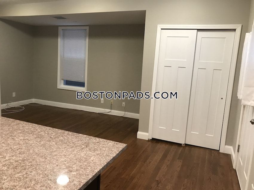 BOSTON - DORCHESTER/SOUTH BOSTON BORDER - 2 Beds, 1 Bath - Image 29