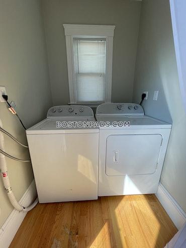 Dorchester/South Boston Border, Boston, MA - 1 Bed, 1 Bath - $3,200 - ID#3825179
