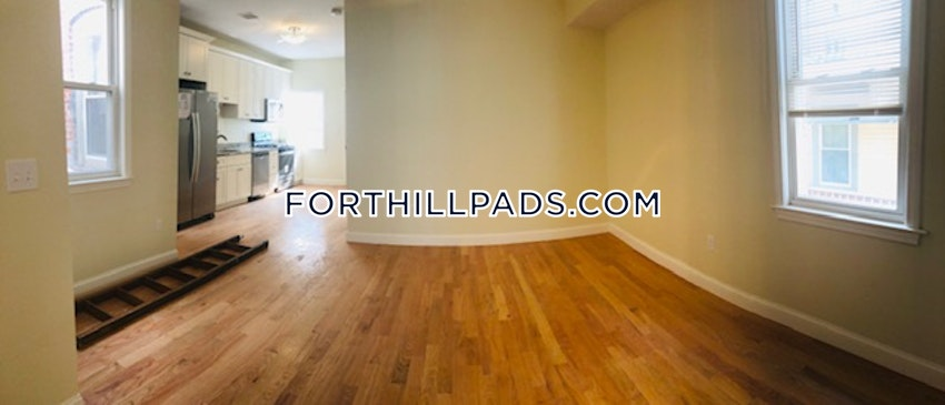 BOSTON - FORT HILL - 4 Beds, 2 Baths - Image 6