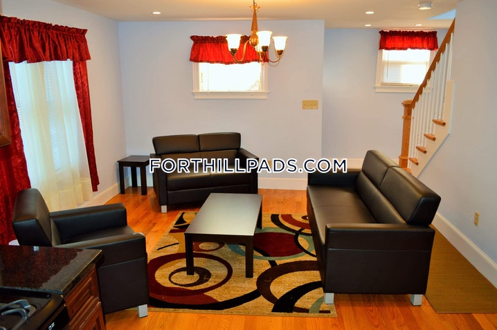 Boston - Fort Hill - 3 Beds, 2 Baths - $1,250