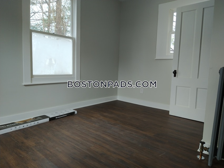 BOSTON - HYDE PARK - 2 Beds, 1 Bath - Image 11