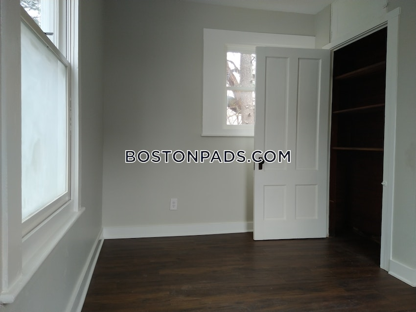 BOSTON - HYDE PARK - 2 Beds, 1 Bath - Image 10