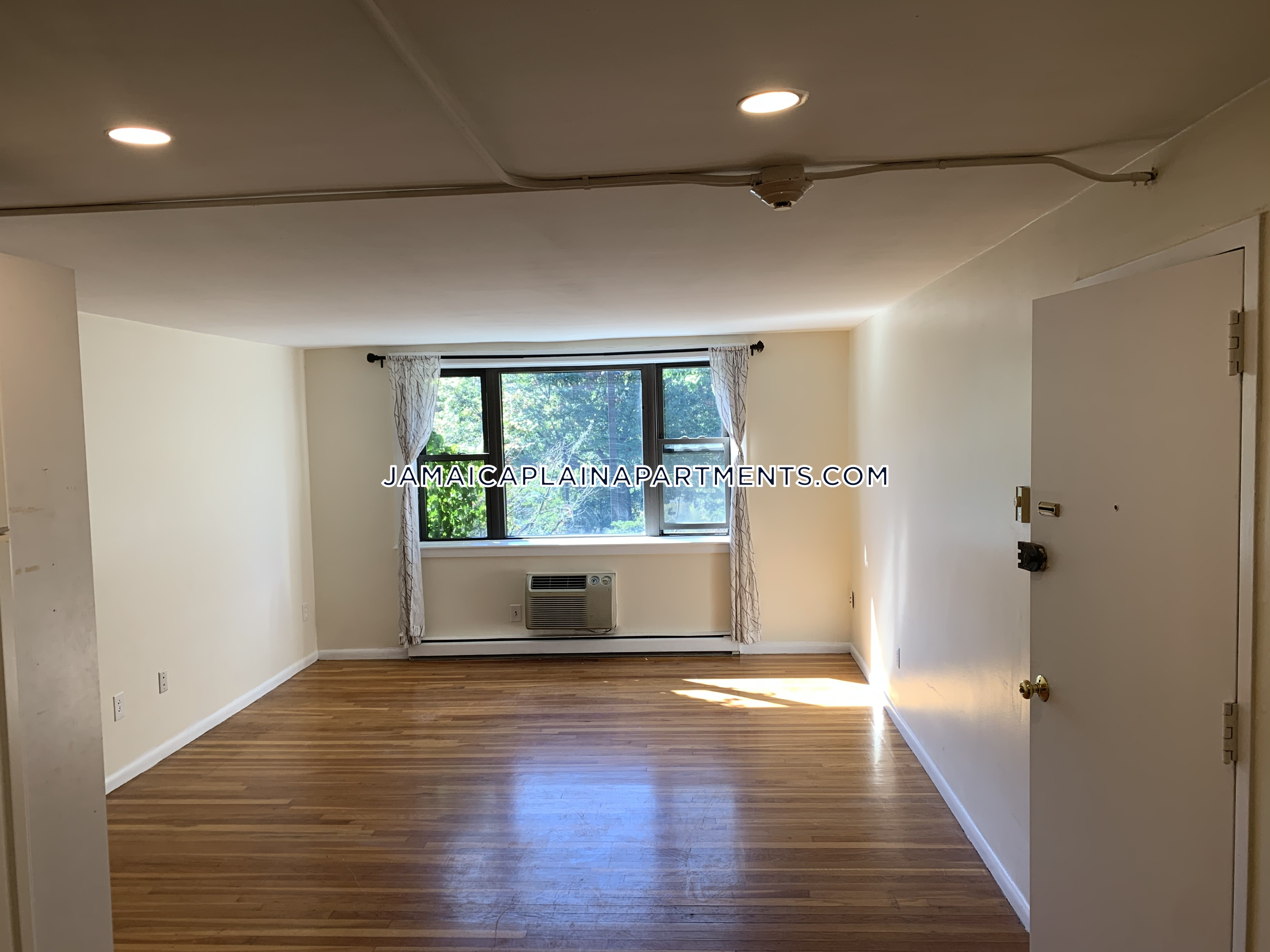 Apartments For Rent Under 1 800 Near Me