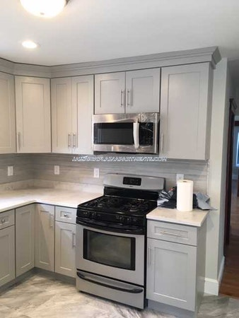 Jamaica Plain Apartment for rent 3 Bedrooms 1.5 Baths Boston - $2,550