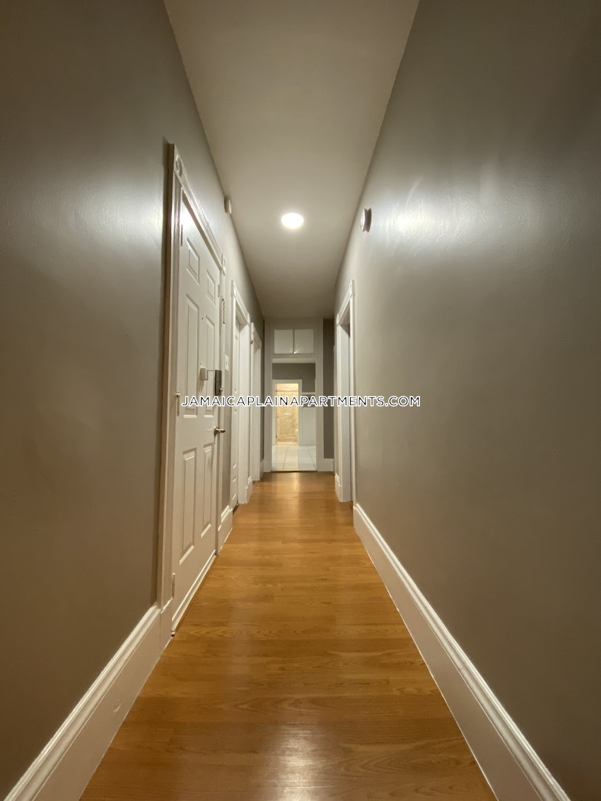 BOSTON - JAMAICA PLAIN - HYDE SQUARE - 4 Beds, 2 Baths - Image 17