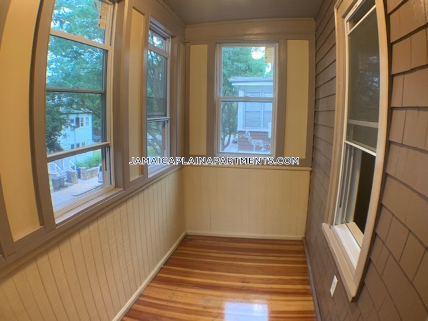 BOSTON - JAMAICA PLAIN - HYDE SQUARE - 3 Beds, 1 Bath - Image 5