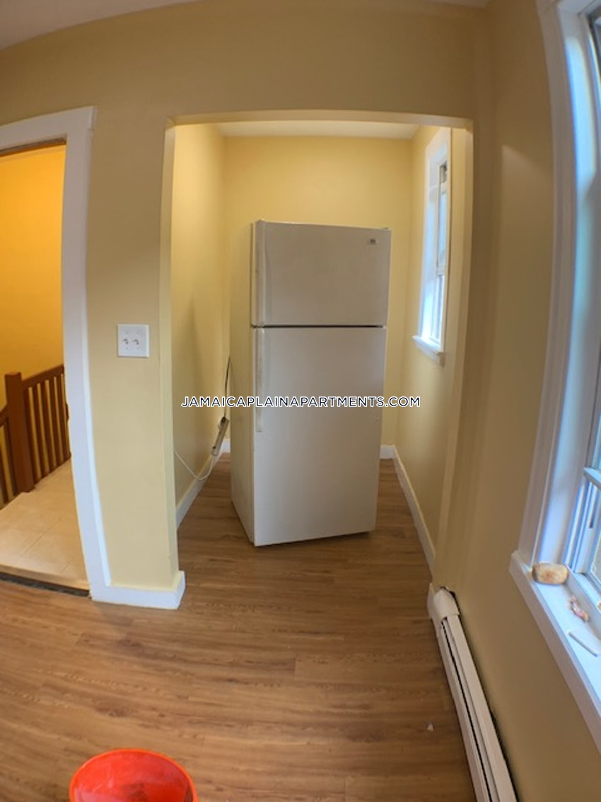 BOSTON - JAMAICA PLAIN - HYDE SQUARE - 3 Beds, 1 Bath - Image 2