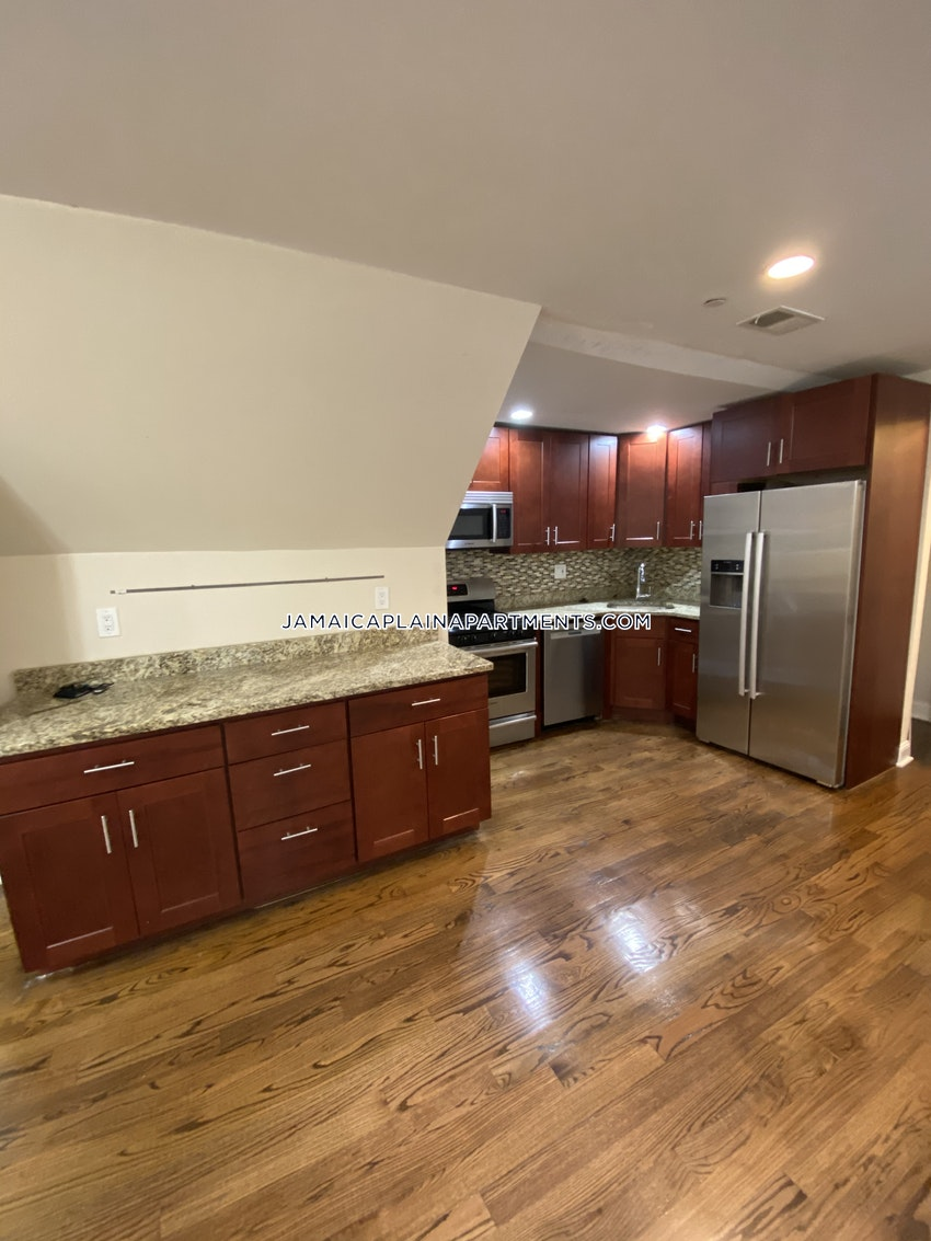 BOSTON - JAMAICA PLAIN - STONY BROOK - 3 Beds, 1 Bath - Image 1
