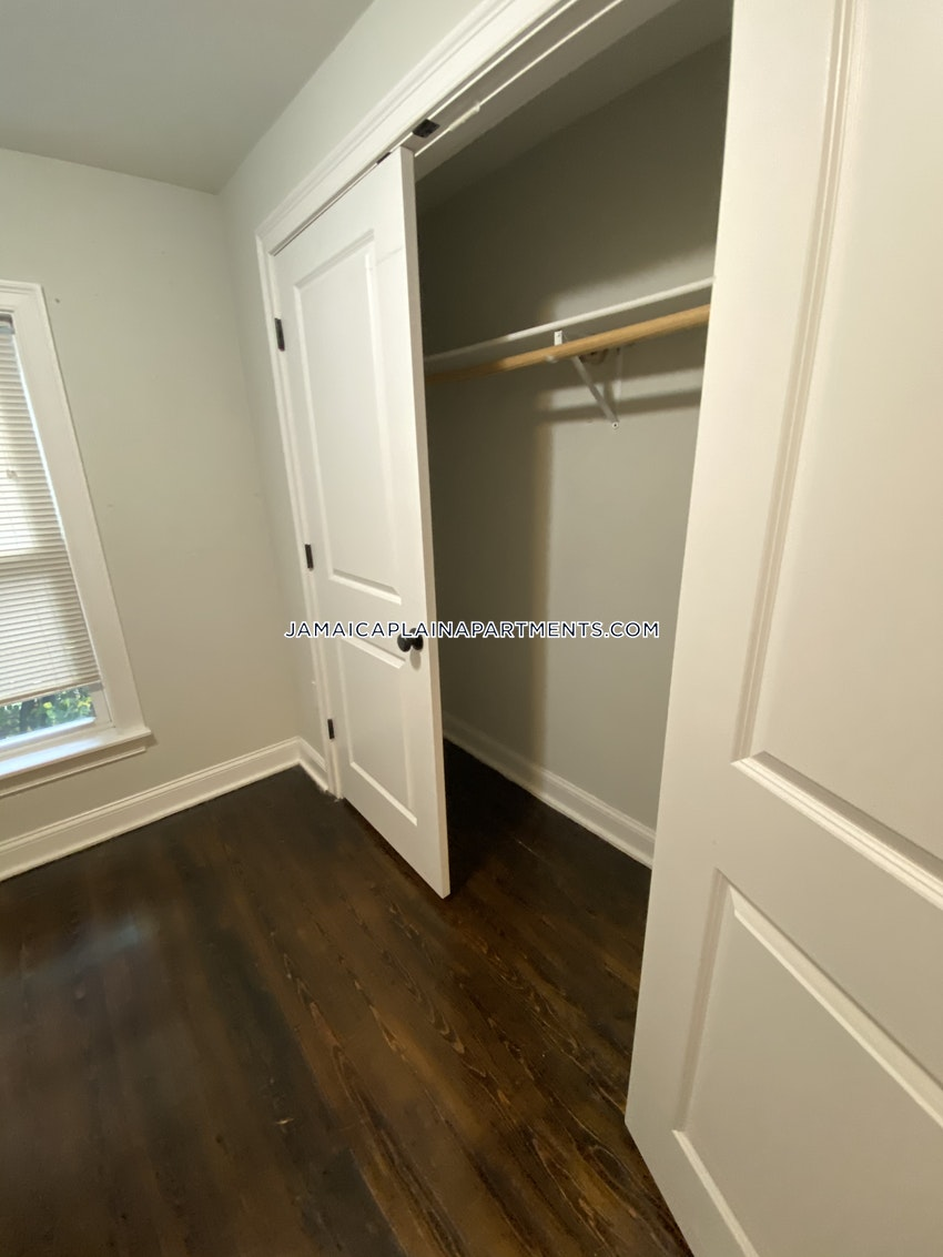 BOSTON - JAMAICA PLAIN - STONY BROOK - 3 Beds, 1 Bath - Image 12