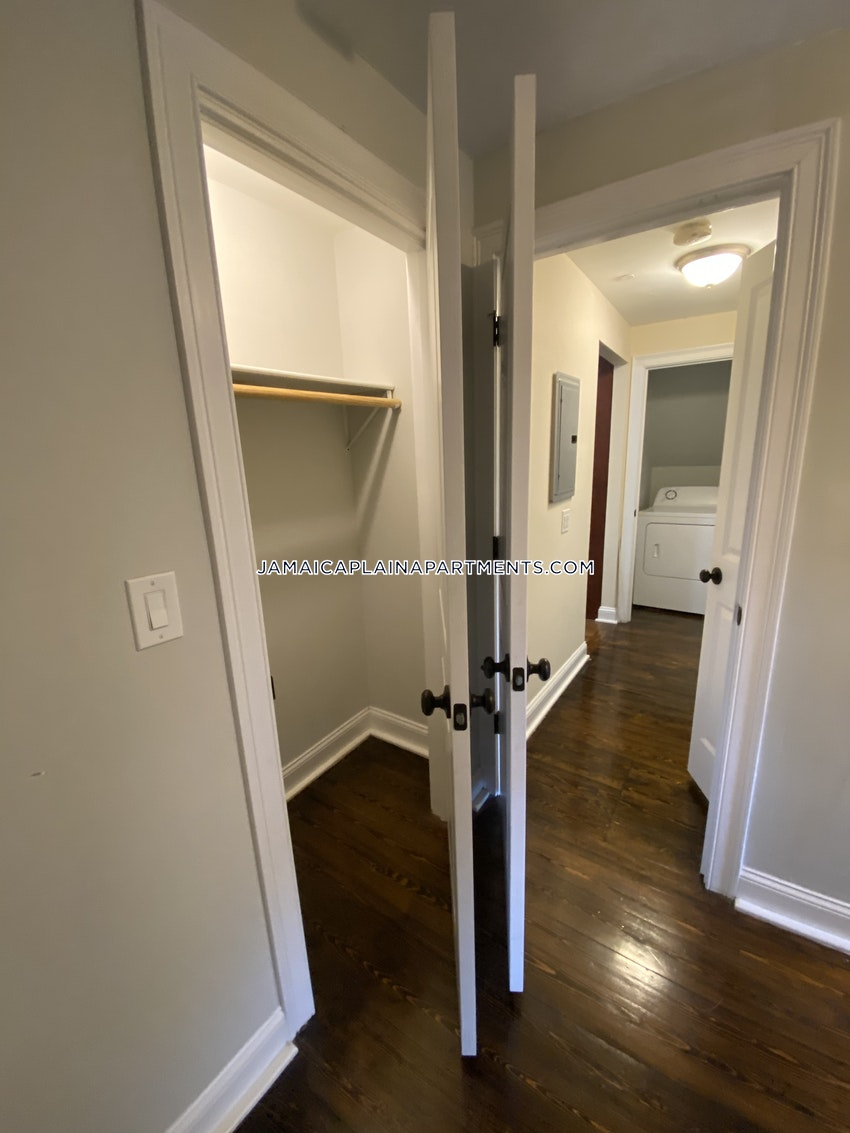 BOSTON - JAMAICA PLAIN - STONY BROOK - 3 Beds, 1 Bath - Image 11