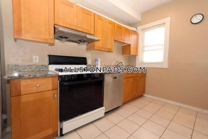 Boston - Lower Allston - 6 Beds, 2 Baths - $4,200