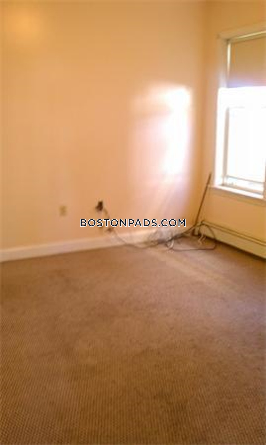 BOSTON - MATTAPAN - 3 Beds, 1 Bath - Image 10