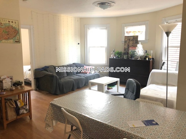 Boston - Mission Hill - 4 Beds, 2 Baths - $4,300