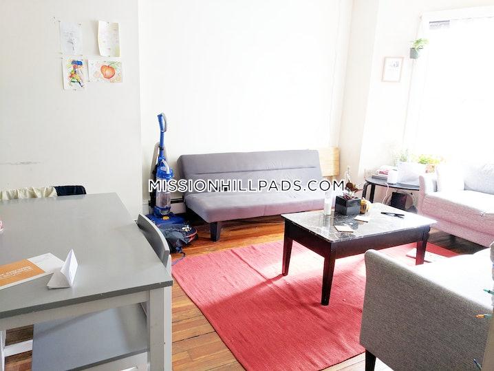 Boston - Mission Hill - 3 Beds, 1 Bath - $3,000