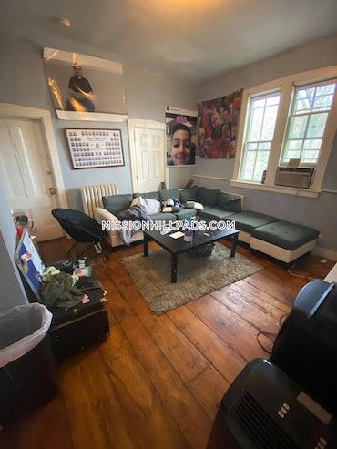 Mission Hill, Boston, MA - 5 Beds, 3 Baths - $6,500 - ID#462380