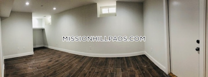 BOSTON - MISSION HILL - 5 Beds, 3 Baths - Image 9