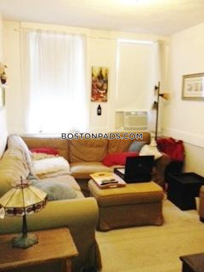 Boston - North End - 3 Beds, 1 Bath - $3,100
