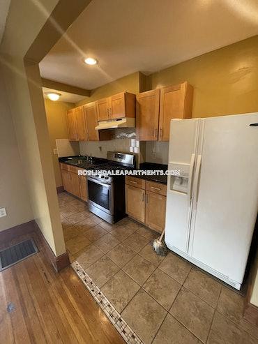 Roslindale, Boston, MA - 2 Beds, 1 Bath - $3,100 - ID#3823608
