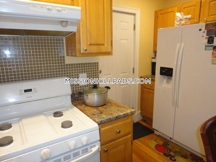 Boston - Roxbury - 3 Beds, 2 Baths - $2,550