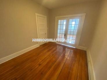 Roxbury, Boston, MA - 3 Beds, 1 Bath - $2,800 - ID#3799372