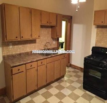 Roxbury, Boston, MA - 3 Beds, 1 Bath - $2,800 - ID#3791652